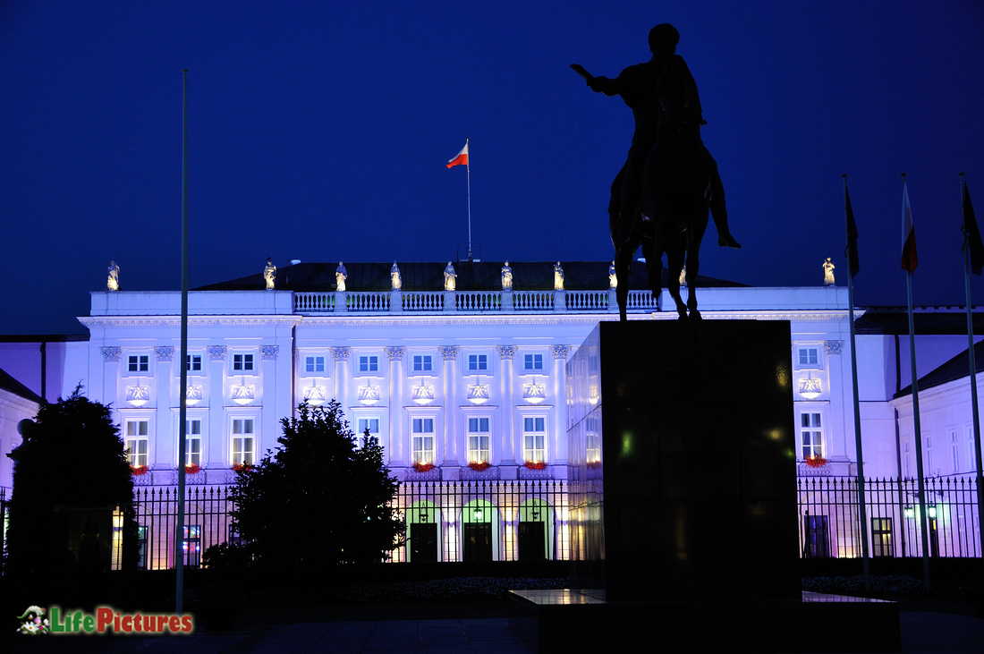 Presidential Palace in violet