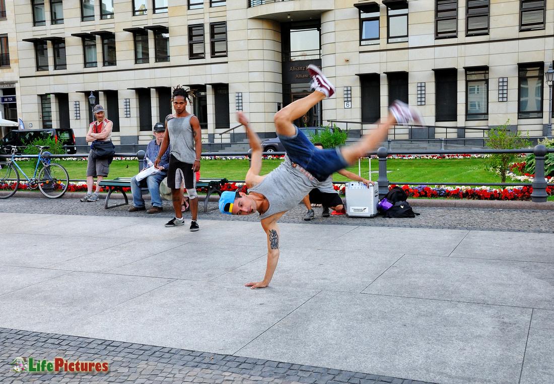 Breakdancers in Berlin